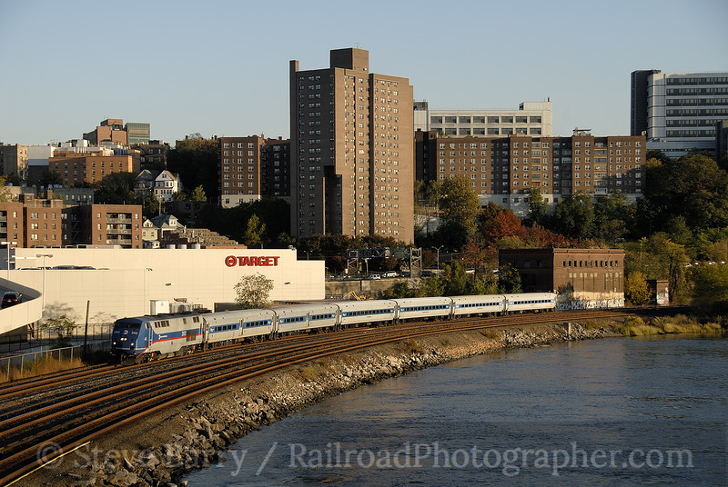 Photo 1289<br /> Metro North Railroad; Marble Hill, New York<br /> October 26, 2008