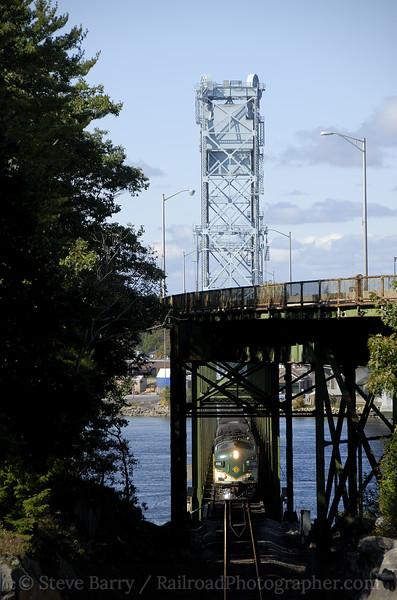 Photo 1294<br /> Maine Eastern; West Bath, Maine<br /> October 4, 2008