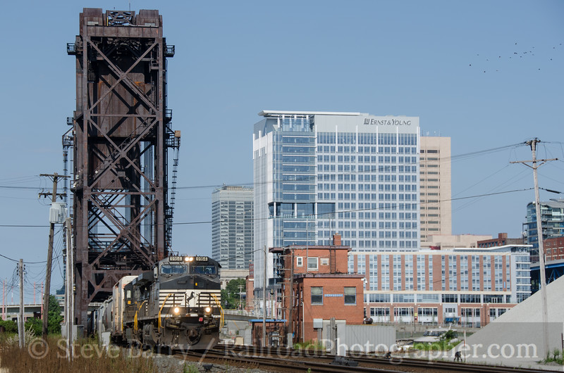 Photo 2762<br /> Norfolk Southern; Cleveland, Ohio<br /> August 11, 2013