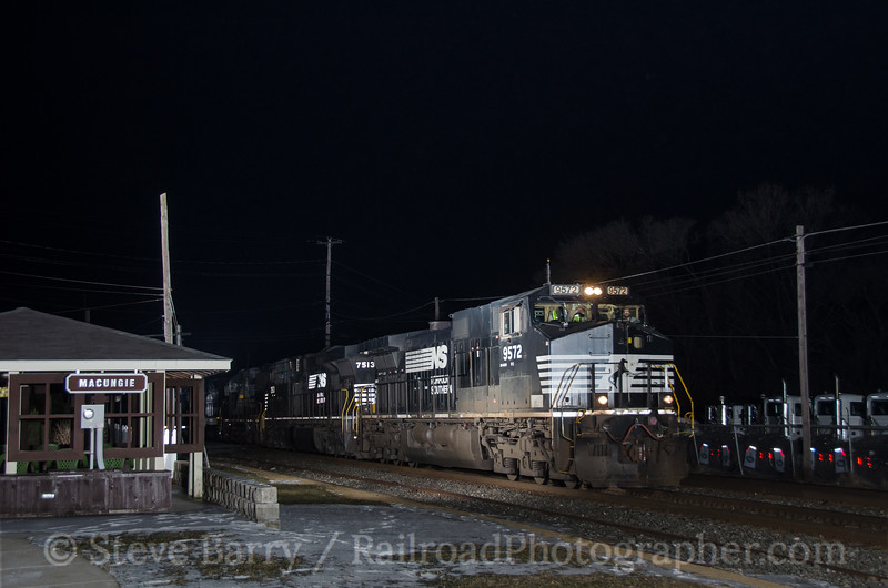 Photo 2551<br /> Norfolk Southern; Macungie, Pennsylvania<br /> January 27, 2013
