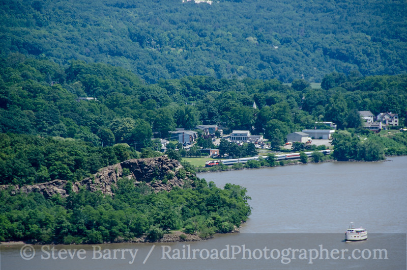 Photo 2732<br /> Metro-North; Cold Spring, New York<br /> June 23, 2013