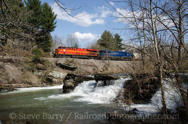 Photo 2652<br /> Norfolk Southern; Falls Mills, Virginia<br /> April 8, 2013