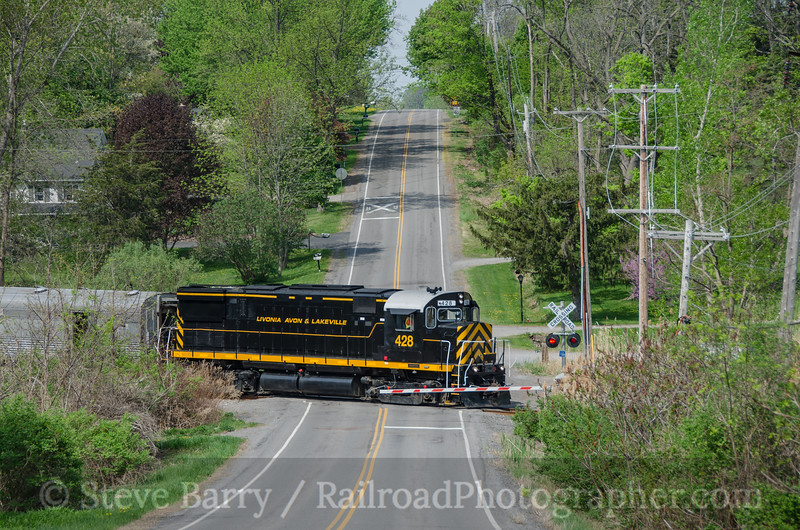 Photo 3399<br /> Livonia, Avon & Lakeville; West Henrietta, New York<br /> May 9, 2015