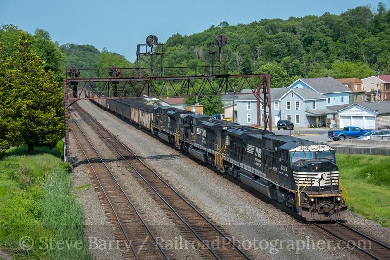 Photo 5597<br /> Norfolk Southern<br /> Summerhill, Pennsylvania<br /> June 4, 2019