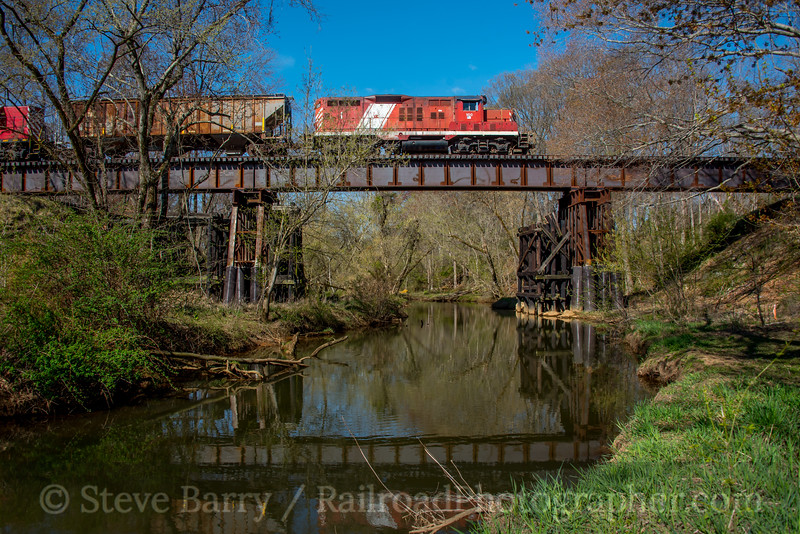 Photo 5525<br /> Southern Railroad of New Jersey<br /> Swedesboro, New Jersey<br /> April 10, 2019