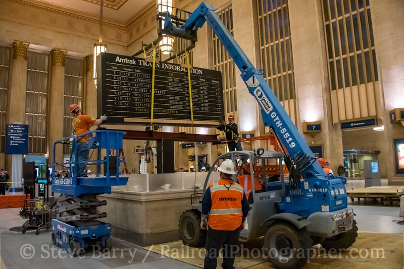 Photo 5457<br /> Amtrak<br /> 30th Street Station, Philadelphia, Pennsylvania<br /> January 26, 2019