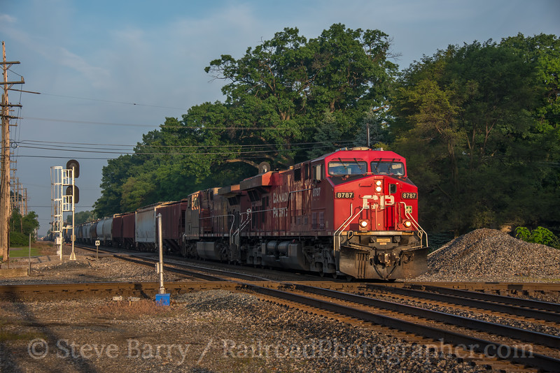 Canadian Pacific (on NS); Romulus MI; 6/19/19