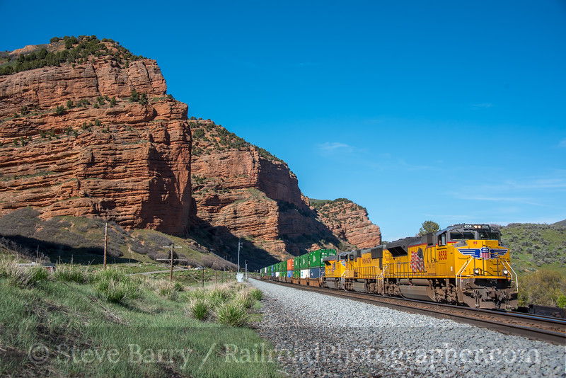 Photo 5577<br /> Union Pacific<br /> Echo Canyon, Echo, Utah<br /> May 12, 2019