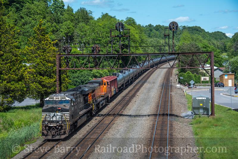 Photo 5589<br /> Norfolk Southern<br /> Summerhill, Pennsylvania<br /> June 3, 2019