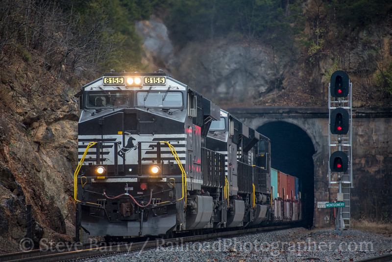 Norfolk Southern; Montgomery Tunnel VA; 11/22/19