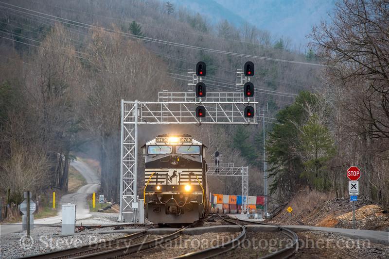 Photo 5584<br /> Norfolk Southern<br /> Riverside, Virginia<br /> March 22, 2019