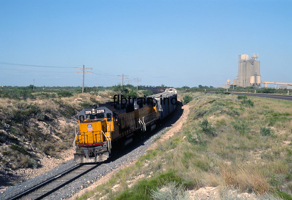 UP1992080016 - Union Pacific, Penwell, TX, 8/1992