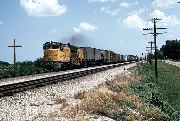 UP1974070041 - Union Pacific, Perry, KS, 7/1974