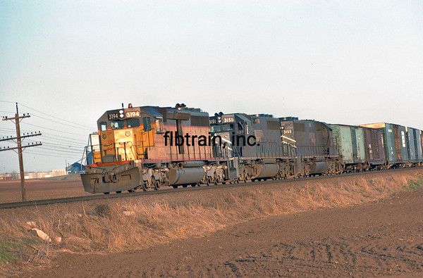 UP1974040034 - Union Pacific, Menoken, KS, 4/1974