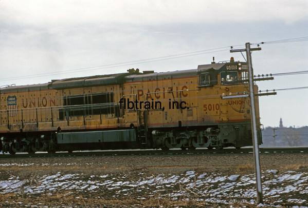 UP1974033205 - Union Pacific, Menoken, KS, 3/1974