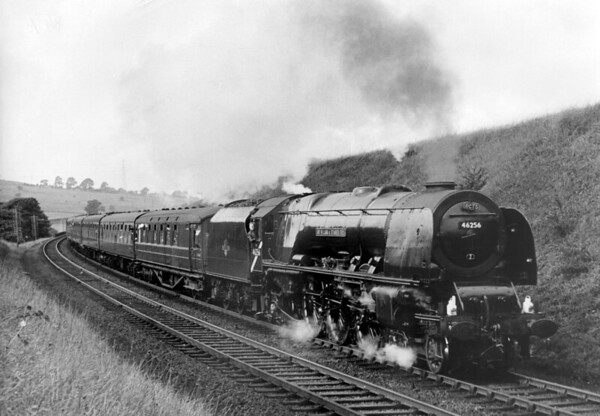 46256 Sir William A  Stanier F R S  at Lambrigg crossing with the 'Scottish Lowlander' on 26th September 1964