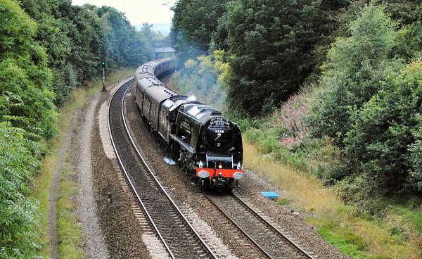 6233 Duchess of Sutherland Scarborough Flyer 6/8/10 Bradley outward