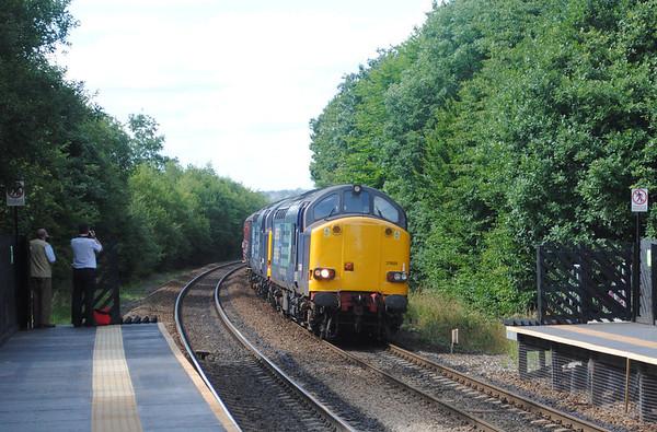 1) 37605 & 37607 The Pennine & Northeastern Express Deighton 14-8-13 008