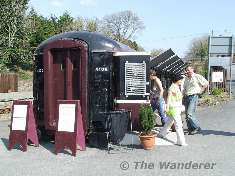 Former British Rail Mk2b No. 6413 & 3157 & Iarnrod Eireann No. 4106 is now at Kilmeaden on the Waterford & Suir Valley railway and is used as a booking office & a refreshment vehicle. Sun 08.04.07