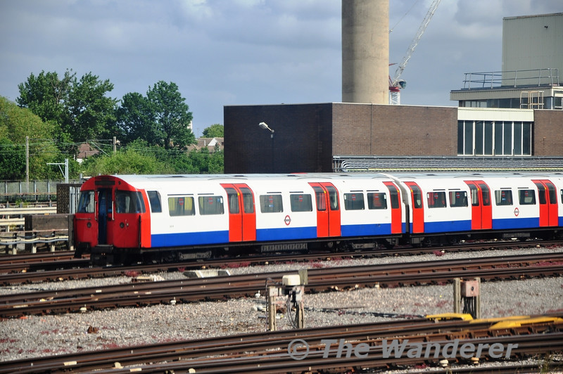 Unit 3079 stands outside Northumberland Park Depot. Sun 15.05.11