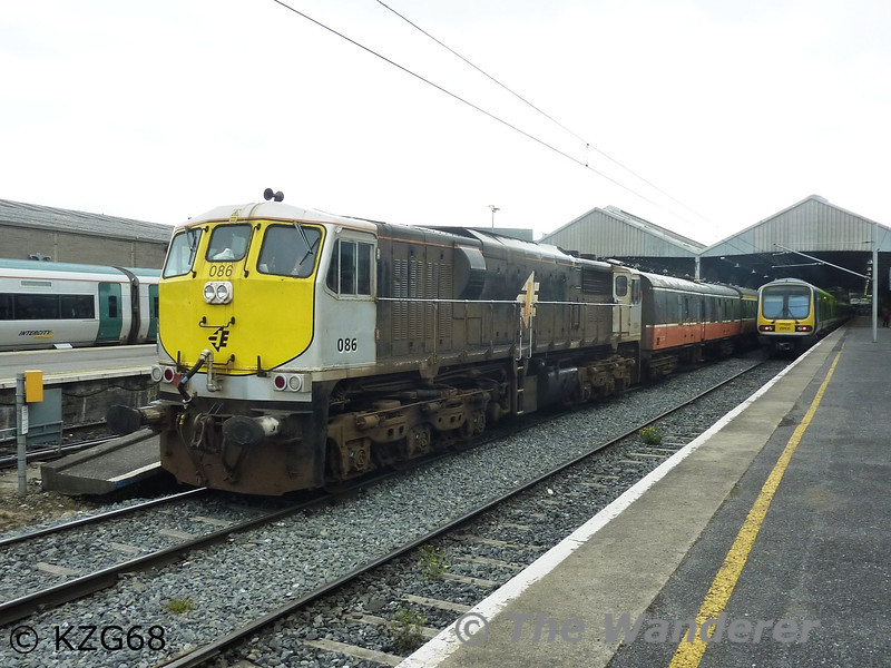 086 stands at Dublin Connolly with departing with the RPSI's Mystery Train to Galway. Sat 23.06.12. Photo courtesy of KZG68.