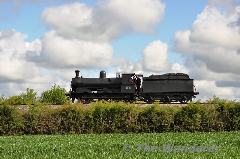 No. 186 is pictured at Killinure, near Monastervin with the 0830 Connolly - Athlone Light Engine positioning movement for the South Clare Railtour. Sat 12.05.12
