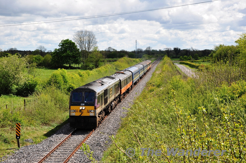 230 hauls the 1030 Connolly - Athlone RPSI South Clare Railtour past Killomenaghan Bridge. At Athlone 230 would give way to Steam Loco 186 for the rest of the journey to Ennis. Sat 12.05.12