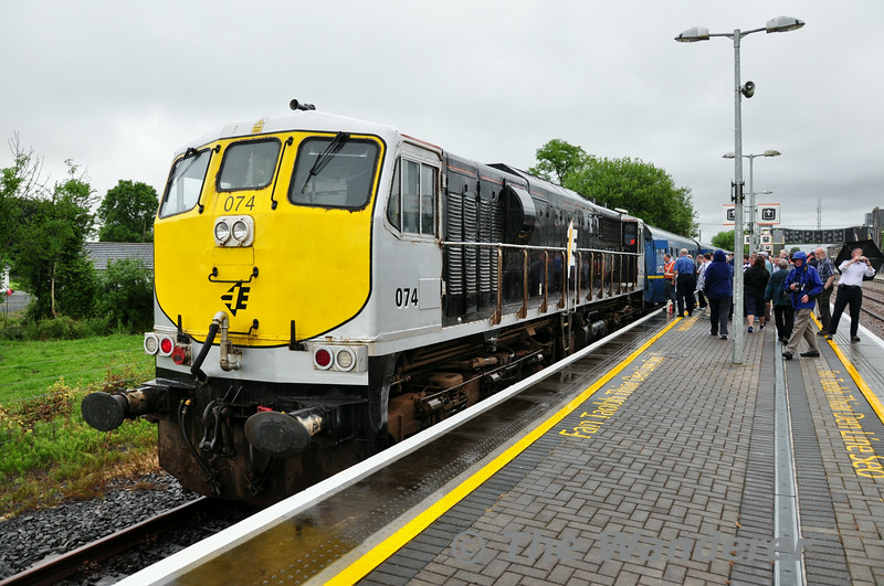 074 ready to depart Ballybrophy with the 1535 Limerick - Connolly IRRS Tour. Sat 19.07.14