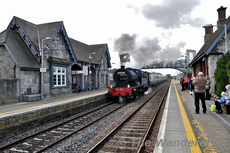 85 departs the loop in Portlaoise for Dublin. Mon 11.05.15