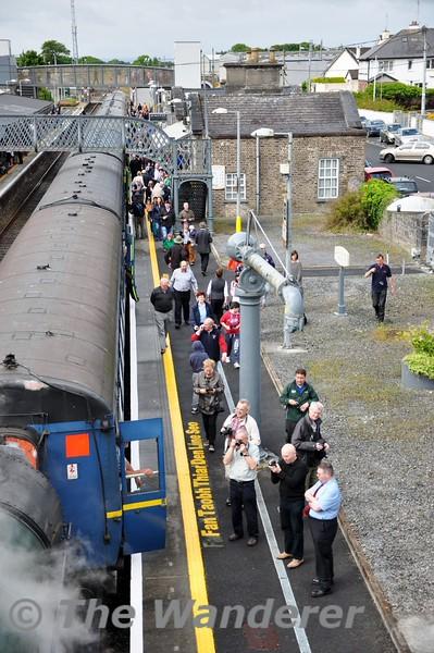 Passengers at Athenry. Sun 21.06.15