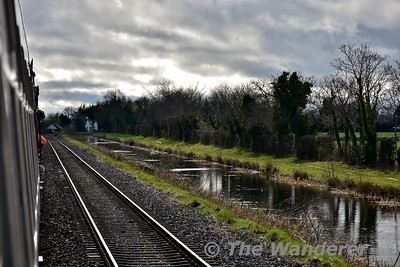 """461 running along the Royal Canal with """"The Midlander Special"""" from Connolly to Maynooth. Sun 19.03.17"""