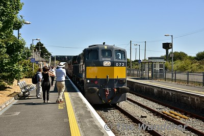 072 arrives back into Rosslare Strand from Rosslare Europort to form the 1550 Rosslare Strand - Connolly Spl. Sun 08.07.18