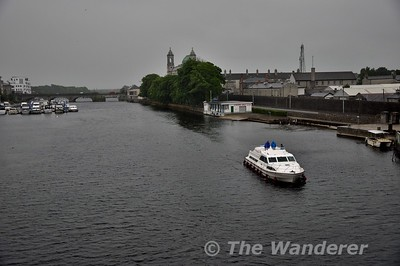 "Crossing the River Shannon and Silverlines ""Silver Breeze"" boat was heading up river. Wed 13.06.18"