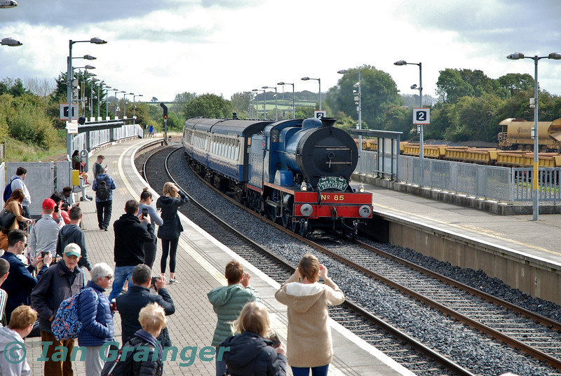 No. 85 arrives into Portarlington with the 1033 Connolly - Killarney Emerald Isle Explorer Spl. Fri 06.09.19<br /> <br /> Photo courtesy of Ian Grainger.