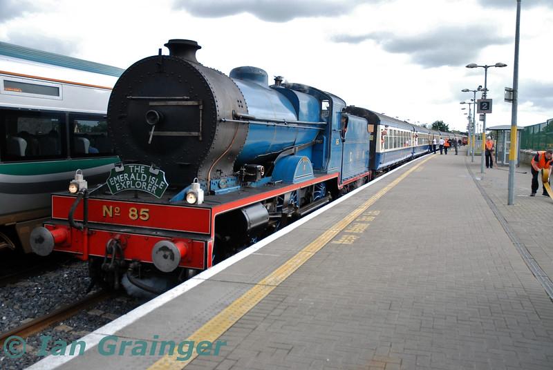No. 85 at Portarlington with the 1033 Connolly - Killarney Emerald Isle Explorer Spl. Fri 06.09.19<br /> <br /> Photo courtesy of Ian Grainger.