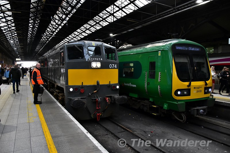 "074 brings the empty Cravens from Inchicore to Connolly to form the RPSI ""The West Awake"" railtour. 29020 is on platform 3. Sat 13.04.19"