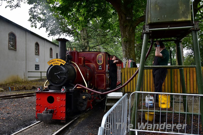 LM44 takes on water at Stradbally. Sun 04.08.19