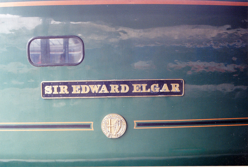 50007 'Sir Edward Elgar' nameplate and crests 31/05/1993. Apologies for the terrible barrel distortion on the cheapo practica kit lens ! :-)