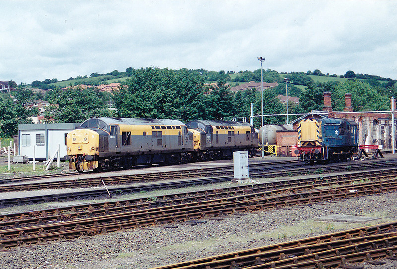37174 37054 & 08576 stabled on Exeter Riverside 31st May 1993