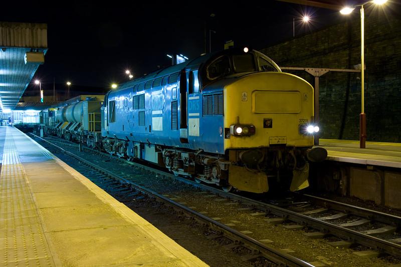 37218 - 3S22 Gilberdyke-Hallroyd  to Jcn at Bradford Interchange 05/12/07