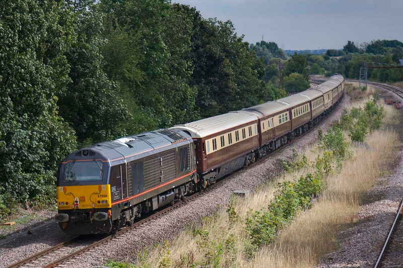"""67005 brings up the rear of a 1Z67 Chester to York """"nag-ex"""" Northern Belle at Horbury Junction on August 19th 2009"""