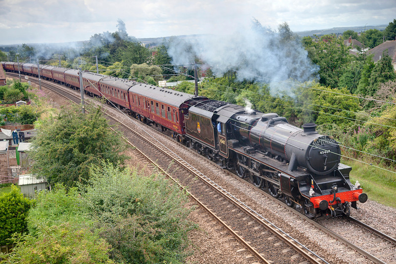 45407 gets to grip with the SSE passing Wrenthorpe with a 1Z27 10:23 York to Scarborough on August 5th 2010