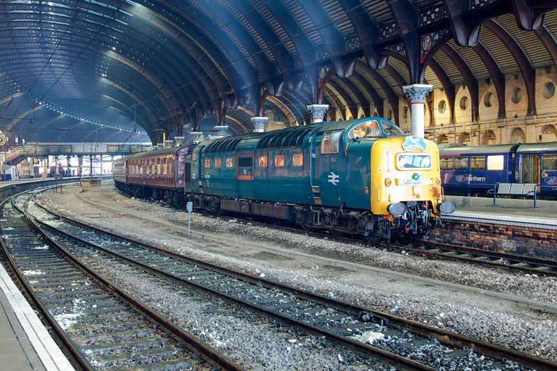 55022 stands under the magnificent York trainshed with a 1Z30 Preston to Edinburgh(then Perth) Railtour on December 4th 2011.