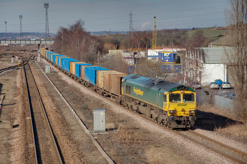 66507 is seen here having just passed HM with a 6E06 Bredbury to Roxby GMC Binliner on February 19th 2010.