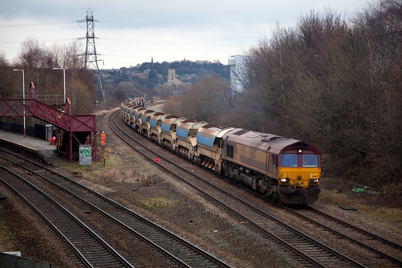 """66167 is seen at Thornhill L&NWR """"Wessy"""" Junction crawling into an engineering posession with a 6T53 12:30 Doncaster Decoy to Mirfield on January 24th 2010.  The work on this occasion as to renew the track on the Manchester bound curve at Heaton Lodge Junction"""