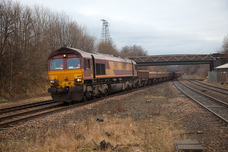 66015 waits to leave a possession at Wessy Junction with a 6T50 14:00 Heaton Lodge Junction to Doncaster Decoy on January 24th 2010