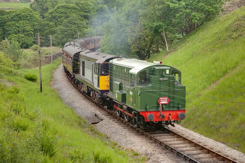 D226 pilots 20031 upgrade south toward Oxenhope at Mythlomes Tunnel north portal with the 10:00 Keighley to Oxenhope on June 11th 2010.