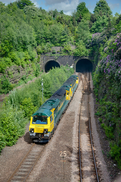 70004+70006 emerge from the tunnel at Springwood Junction, Huddersfield with an 0M70 14:10 Midland Road to Basford Hall on May 30th 2010.