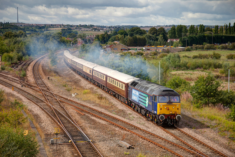 """47712 pours out the clag passing Horbury Junction with a 1Z16 08:13 Chester to York Northern Belle """"Nag-ex"""" on 17th August 2011"""