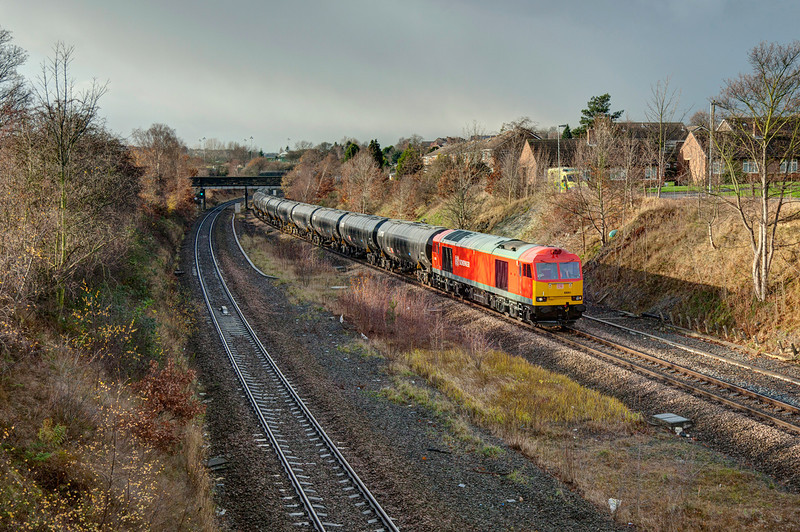 60091 6E32 Preston to Lindsey on the approach to Horbury Junction on 5th December 2011.